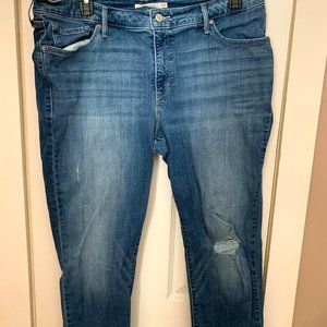 Women's Levi's 711 Blue jeans Size 22